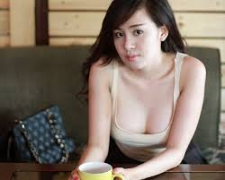 Meet Vietnamese Women